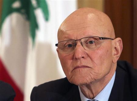 Tamam Salam (imagen de Reuters), el nuevo primer ministro. Tiene 68 y es economista. Proviene de una reconocida familia: su padre Saeb fue premier durante los años de oro del Líbano y su abuelo Salim lideró las rebeliones contra los otomanos en 1913